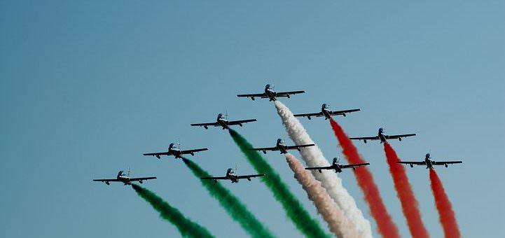 tricolor-arrows-2010752__480